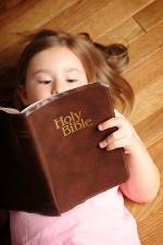 Children--reading Bible