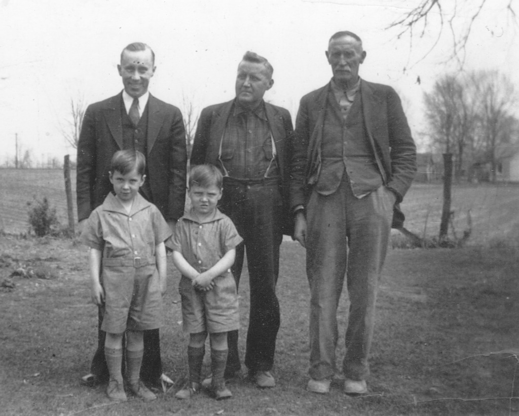 Oden, Rollie and Joseph (Pa) Peck, with Richard and Larry in front